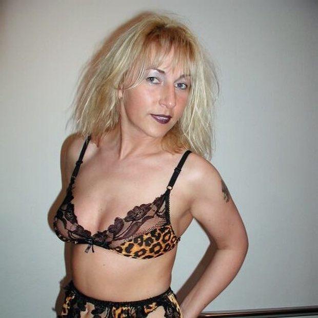 Belle salope cherche un mec pour un plan sexe