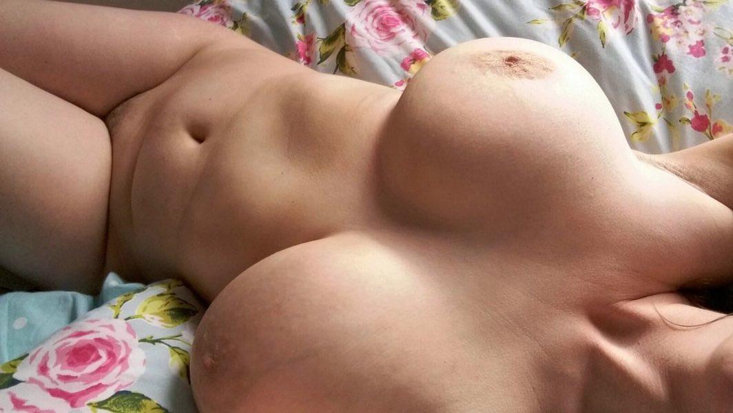 Une amatrice ronde en quête d'amour … mais de sexe aussi !!